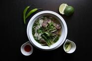 生米粉麺の牛肉のフォー