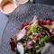 季節の野菜や珍しい野菜、熟成させた国産牛のヒレ肉