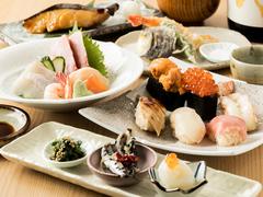刺身に寿司、天ぷらまでついたお手頃コース