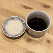 シンプルだからこそ素材のさまざまな味が楽しめるかき揚げ。蕎麦との相性も抜群の超人気メニューです。