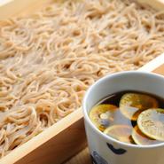 熱々ホクホクな舞茸天ぷら♪ お酒のあてにも、お蕎麦にもぴったりです♪