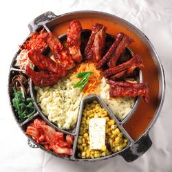 お肉料理が堪能できる肉バルコース♪生ハムや合鴨のソースとや牛サガリステーキ・ローストビーフなど8品付