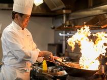 丁寧な調理で、「美味しい」と言ってもらえる料理の提供に努めて