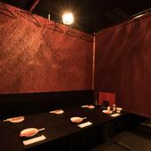 落ち着いた空間は、接待や会食にも最適