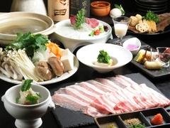 お好みに合わせて作る料理人におまかせの8品コース!※プラス700円でプレミアム飲み放題に変更できます。