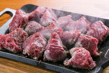 ボリューム満点!『国産牛フィレ肉の鉄板焼き』