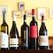 イタリア各地から集めたイタリア産ワインは50種類以上の品ぞろえ