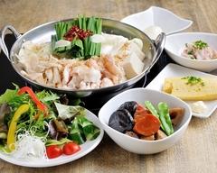なべ音お勧め料理をお腹いっぱい食べられるコースです +1500円で(飲み放題2時間)付きに!