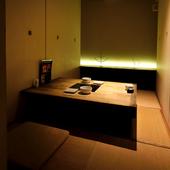 モダンな空間のなか、もつ鍋&九州料理で女子会