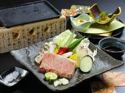 熊本のブランド黒毛和牛「和王」のサーロインを味わいたい方におすすめです。好みの焼き加減でいただけるのも嬉しい。小鉢付 単品7800円・ご飯セット付8800円