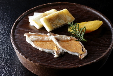 一生に一度は食べたい一品! 徳山鮓のスペシャリテ『鮒鮓』