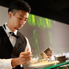 お料理のみ9皿 クーポン利用で7000円⇒5600円の期間限定特別コース/お飲み物は別注文となります。