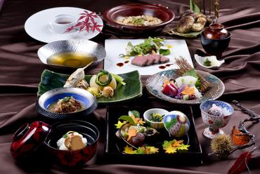 極上のステーキも和の逸品も、どちらも堪能できる『夢月 -YUMETSUKI-』