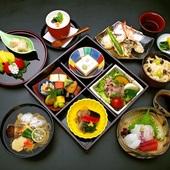 特別な日のおもてなしに最適。『松花堂弁当 5,600円』