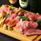 和牛ならではのやわらかい食感を持つ『自家製ローストビーフ』