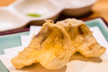 カウンター席だけのお楽しみ『揚げたて天ぷら』