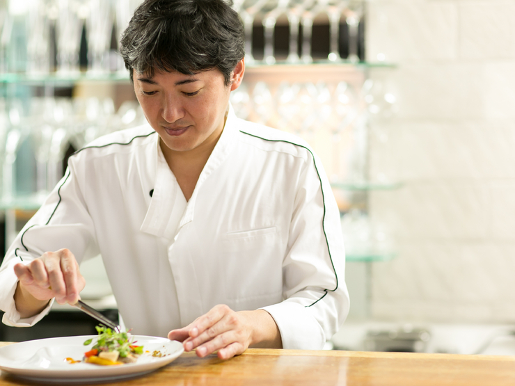 上質な食材の仕入れが、料理の本質を決めていく