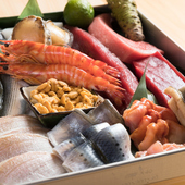 江戸前の「仕事」で、生よりも旨味を凝縮させた旬の魚介類