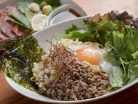 北海道や沖縄県の珍しい本場の料理をリーズナブルに味わえる