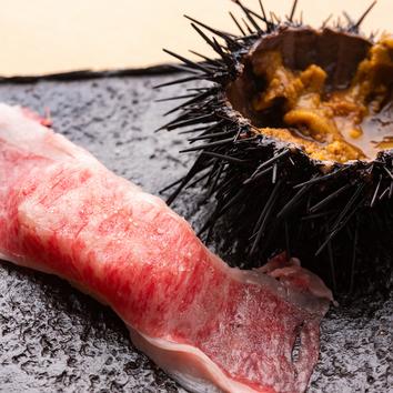 プレミア肉寿司とフォアグラチャーハンの大人気コース