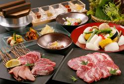当店が選び抜いた新鮮なラム肉使用のスタンダードコース。肩ロース・羊タン・マトンなど様々!
