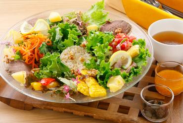 野菜とたんぱく質でお腹いっぱいになる『コルポのミールボウル』