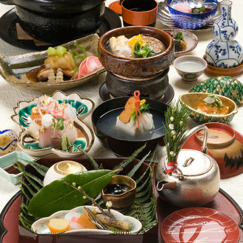 ―■ 花コース料理(10品) 8,100円 ■―