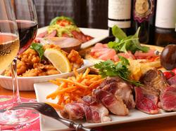 メインはなんとイベリコ豚の最高峰といわれる『ベジョータ』!贅沢な肉堪能コースです!