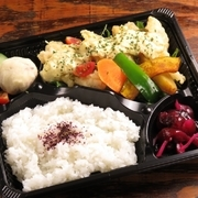播州ムネ肉の鶏天と自家製タルタルソースで。