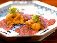 生雲丹を使った前菜の一例~『宮崎パイン牛と淡路の赤雲丹』