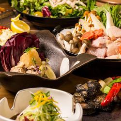 プレミアム飲み放題付名古屋コーチン全10品コース 極上の地鶏を存分に味わうコースです。ご賞味ください