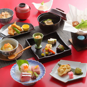 素材本来の味わいを大切にした料理と上質な和空間が慶事に最適