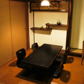 接待などの特別な日から日頃のお食事にも利用できる個室を完備