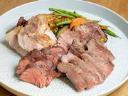 赤城鶏、赤城よっちゃん豚、牛ハラミ、イベリコ豚など、その日おすすめのジューシーなお肉を、ボリュームたっぷりな盛り合わせに。値段と好みで更にボリュームUPすることも可能です。