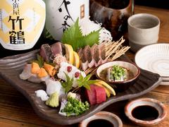 天然魚の刺身盛や博多地鶏の藁炙りなど、てる房の良い所どりのコースです。