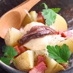 アンチョビと厚切ベーコンのポテトサラダ