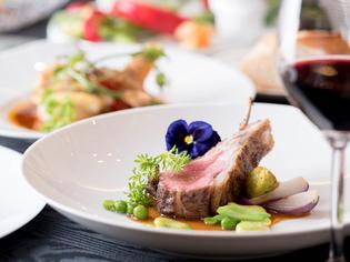 食材との出合いは一期一会。素材の魅力を引き立てる料理へ