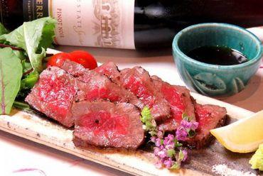 甘み溢れる奥深い味わいが特徴『宮崎和牛 ひなた牛 霜降りステーキ』