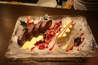 クリスマス時期のパーティープランのデザート盛り合わせです
