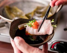 店の自慢料理を手軽に楽しめる季節のコースが人気!