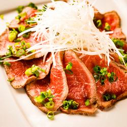 話題の肉割烹をお楽しみいただける宴会コースをご用意しました♪全9品の肉料理と3時間飲み放題が付き♪