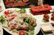 R2スペシャルサラダ・トマトチリビーンズ・野菜春巻き・季節のパスタ・グリルチキン&バルサミコソース・オニオンリングフライ