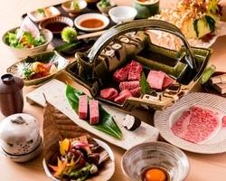 厳選した日本三大和牛を食べ比べ! 和牛8種、全18品コース。 世界に誇る和牛の旨味を心行くまで堪能