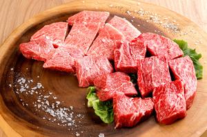 芳醇な旨味と柔らかさがたまらない『肉の万華鏡』