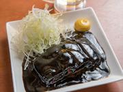 【OTV】アゲアゲめしで、ご紹介された当店人気メニュー!!2日煮込んだ豚の角煮を黒酢ソースと絡めて。ジューシーながらも黒酢の酸味であっさりと召し上がれます。