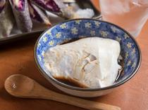 絶妙の食感『じーまーみ豆腐』