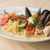 地元で手に入る美味しい魚を積極的に使った、魚の料理が自慢