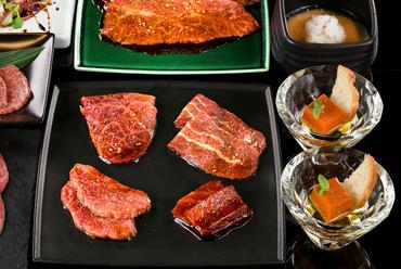 『料理長おまかせ8500円コース(税別)』季節により内容は異なります