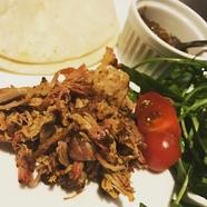 鮮度が良く上質な肉の味を堪能できる『国産牛赤身肉のステーキ』(100g・200g)