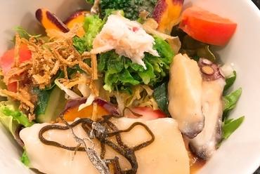ランチコースのおすすめ。季節食材&黒毛和牛希少部位ステーキ2種を楽しめる『弁天』